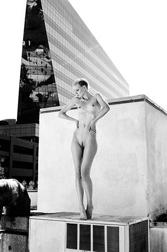 dorith mous nude editorial on roof by mario kroes