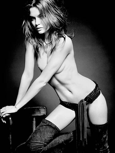 josephine skriver poses nude in french lui magazine december 2013 in black and white